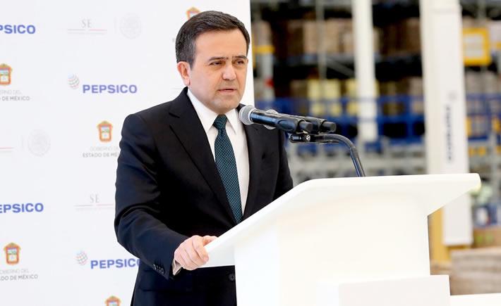 Ildefonso Guajardo Villarreal, titular de la SE, insistió en que las inversiones realizadas en México benefician también a Estados Unidos y Canadá por la integración de las cadenas productivas. (Foto: SE)