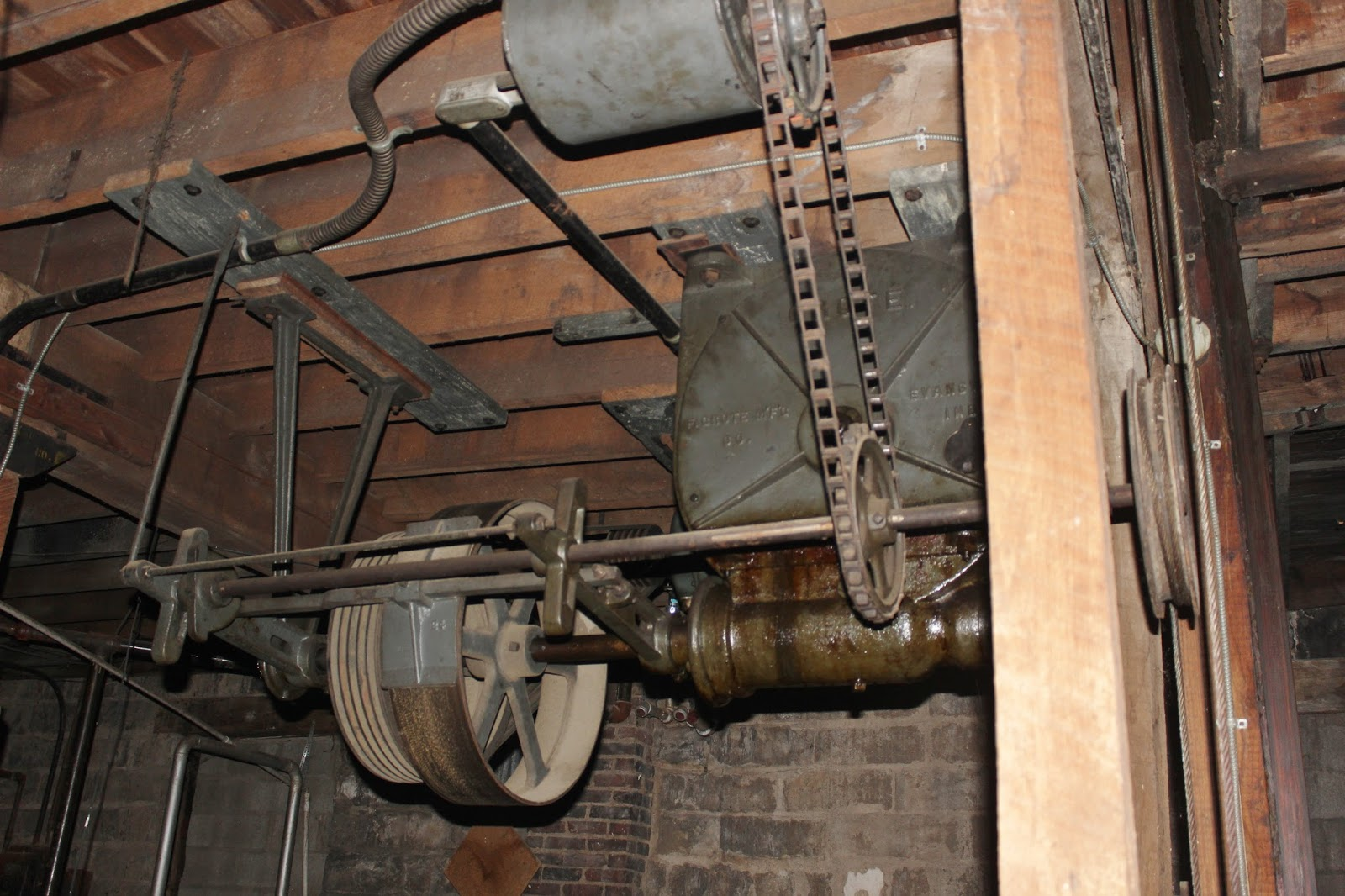 Rope And Pulley Elevator : Snug harbor bay