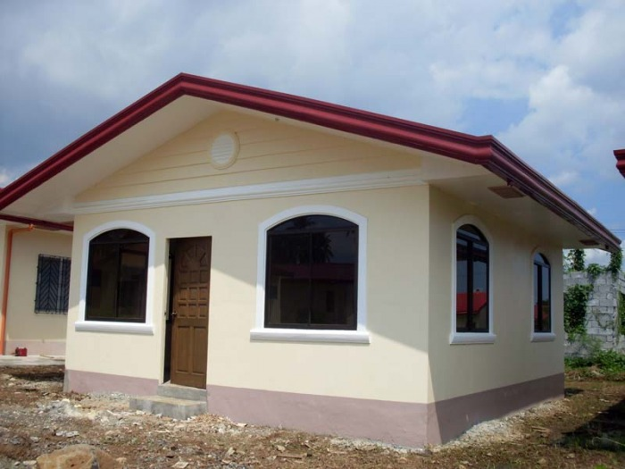 for many filipino families the size of a house and house design is not a big deal having a small but decent one for a family is more than enough - Small And Simple House