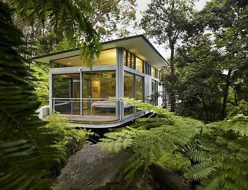 Contemporary glass house in sydney australia modern for Modern glass house floor plans