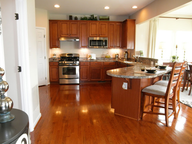 Full Kitchen Set Islands For The Florence Model Pictures | Dreaming Of A Ryan Homes