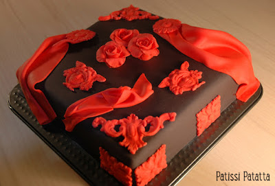 cake design, gâteau noir et rouge, gâteau baroque, pâte à sucre, gumpaste, black and red cake, patissi-patatta