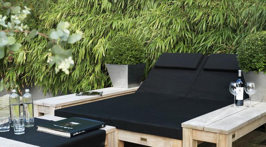 dom vrt garniture. Black Bedroom Furniture Sets. Home Design Ideas