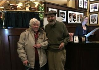 Pasangan Kekasih Ini Bersatu Kembali Setelah 70 Tahun Berpisah