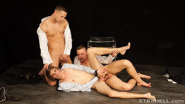 #Str8hell - Tomas, Hugo and Martin RAW - Raunchy