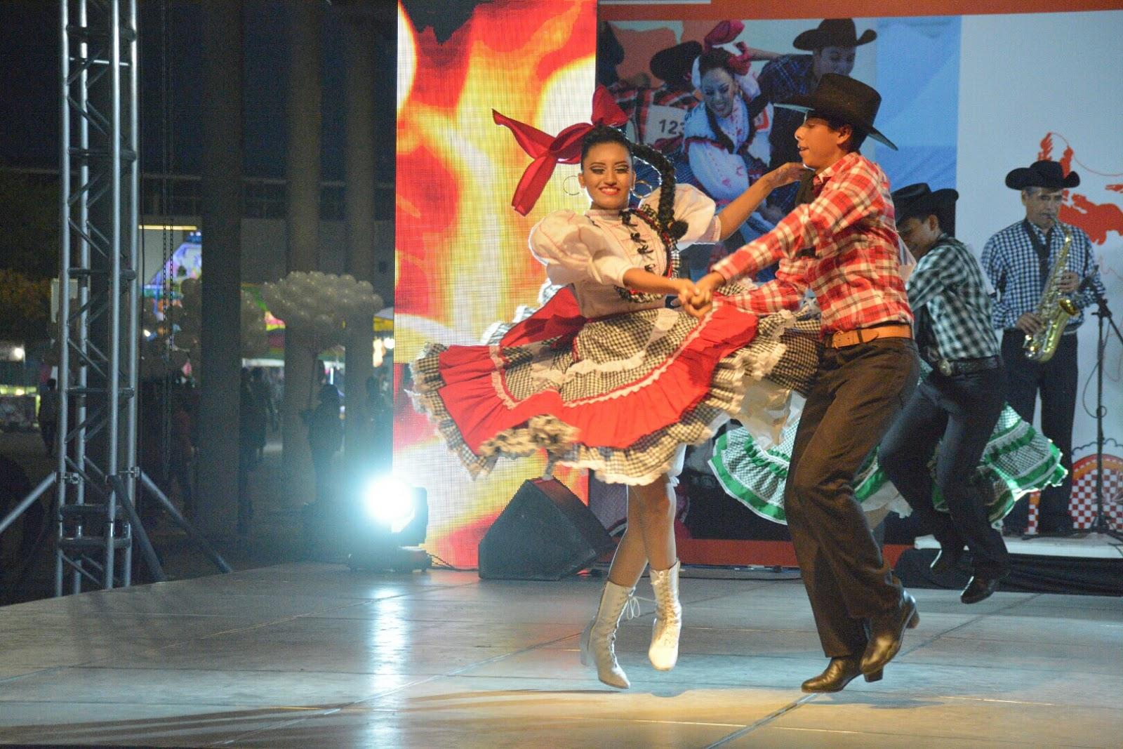 Trajes Tipicos de Tamaulipas - Vivi