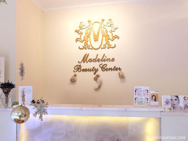 Suasana lobby Madeline Beauty Center Jakarta