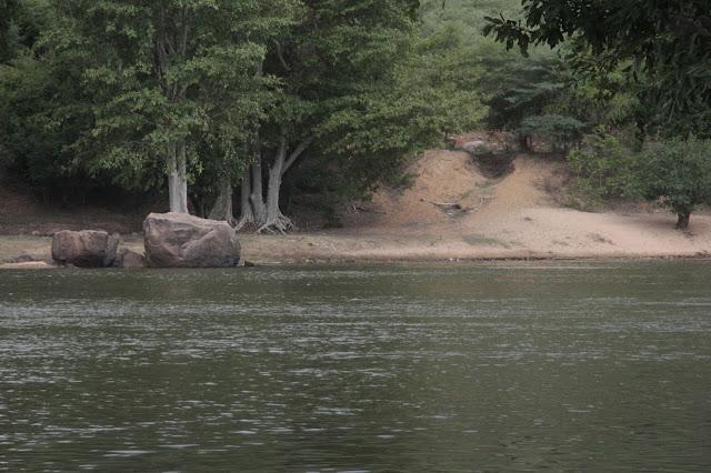 rivière coracle inde