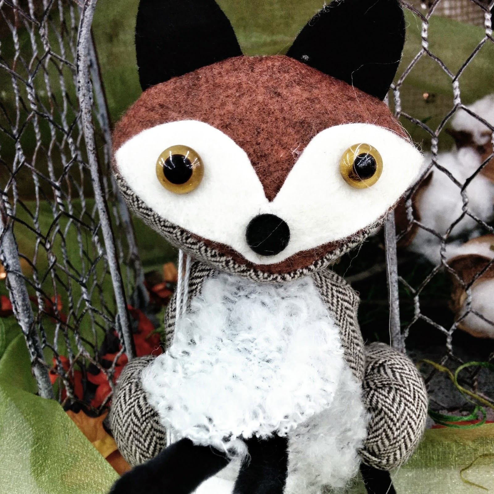 Craft Warehouse Fox, Decorating for Fall
