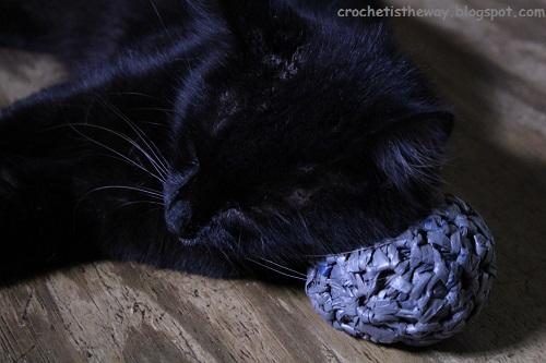 ball, cats, crochet, plarn, plastic yarn, recycle