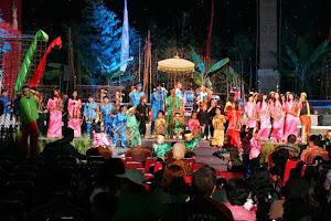 Pertunjukan di Saung Angklung Udjo