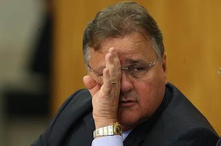http://vnoticia.com.br/noticia/1705-ex-ministro-geddel-vieira-lima-e-preso-pela-pf-na-bahia