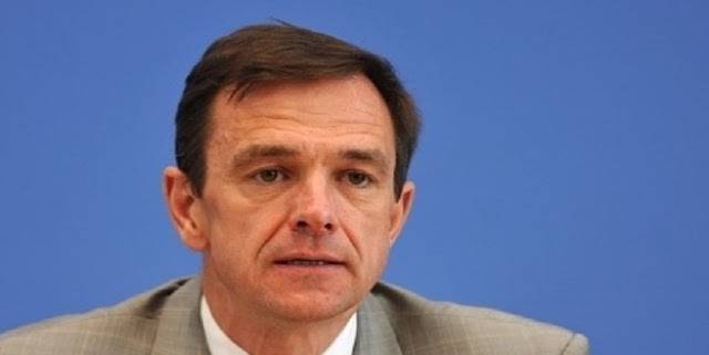 Σφοδρή κριτική του Γκάμπριελ στον Σόιμπλε για την Ελλάδα