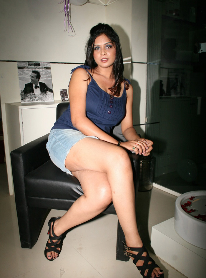Latest Movies Gallery Deepa Hyderabad Model Hot Photo -5493
