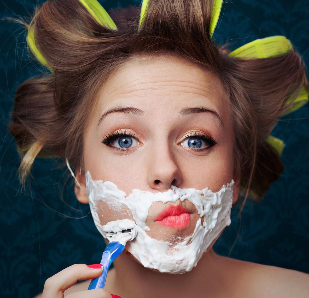 Con gái có nên cạo tẩy lông mặt không