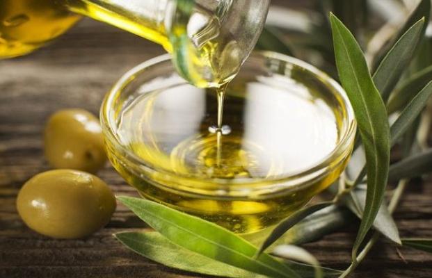 Olive Oil Se Khrraton Ko Dur Kren
