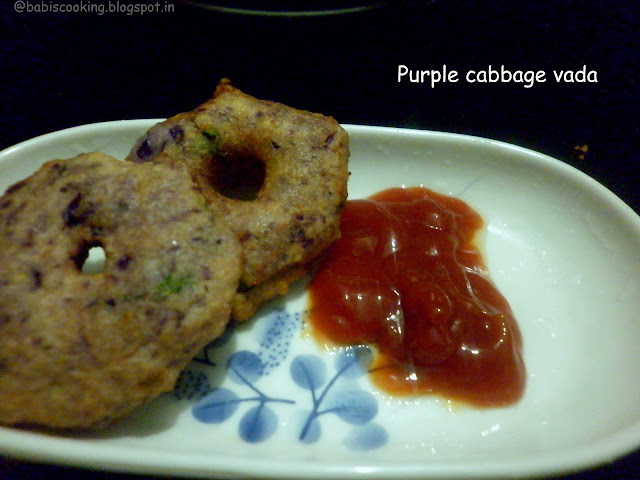 Purple cabbage vadai