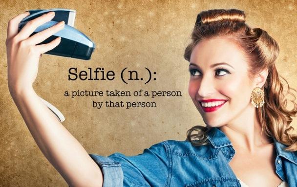 Selfie, Apa itu Selfie, Kebaikan Selfie, Keburukan Selfie, Bahaya Selfie, Selfie Definition, Maksud selfie