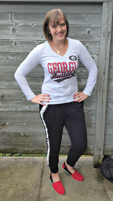 On saturdays in the fall I wear cute joggers and a UGA t-shirt. Weekend uniform!