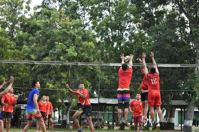 Rangkul Generasi Muda, Yonarmed 12 Kostrad Gelar Olahraga Bersama