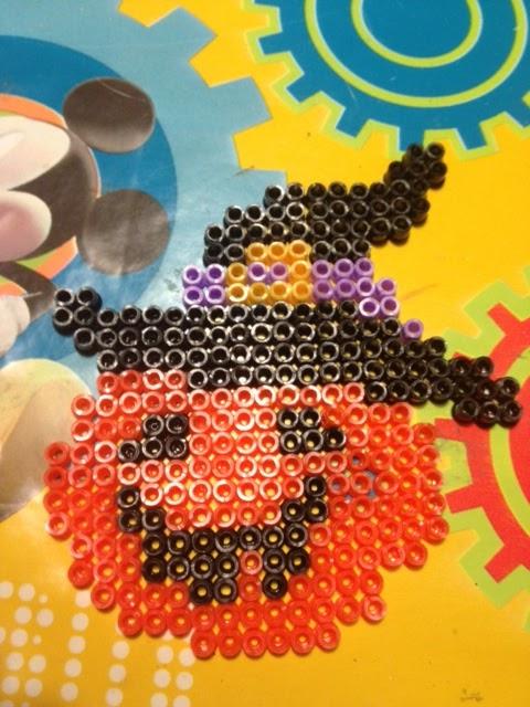 Zucca Di Halloween Pyssla.Il Cestino Dei Lavori Hama Beads O Pyssla Decorazioni Per Halloween