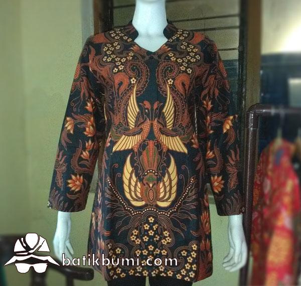 Blus Batik Sogan Peksi Kembar.