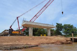 http://vnoticia.com.br/noticia/3039-operario-ferido-em-acidente-de-trabalho-na-obra-da-ponte-da-integracao
