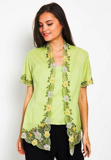 Model Baju Batik Kerja Wanita Danar Hadi