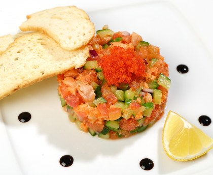 Sunny vegetable tartar