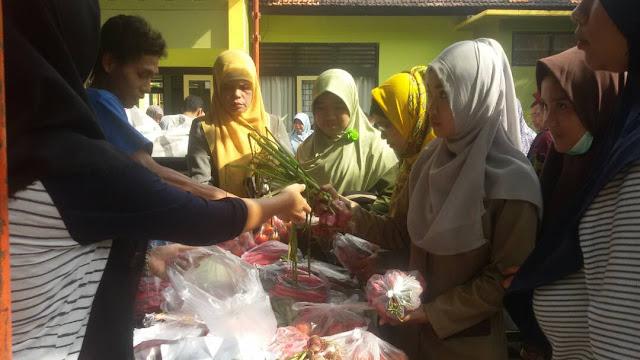 Pasar Murah, PNS Dominasi Pembelian