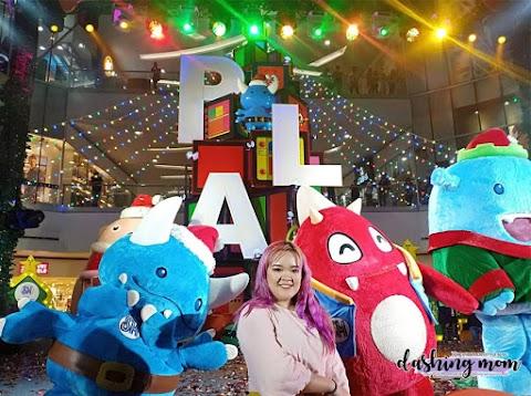 SM North EDSA Glitter critter Christmas Centerpiece