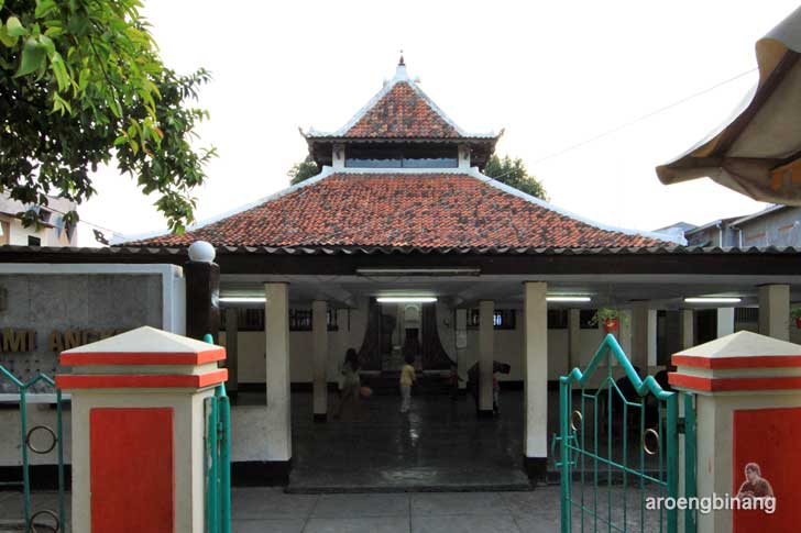 masjid angke jakarta