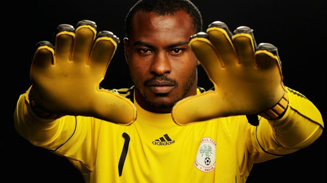 Ex-Super Eagles Goalkeeper, Vincent Enyeama Shares Recharge Cards On Twitter