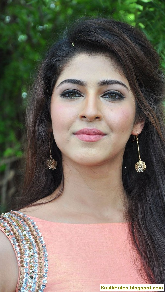 Sonarika Bhadoria Latest Hot Photos