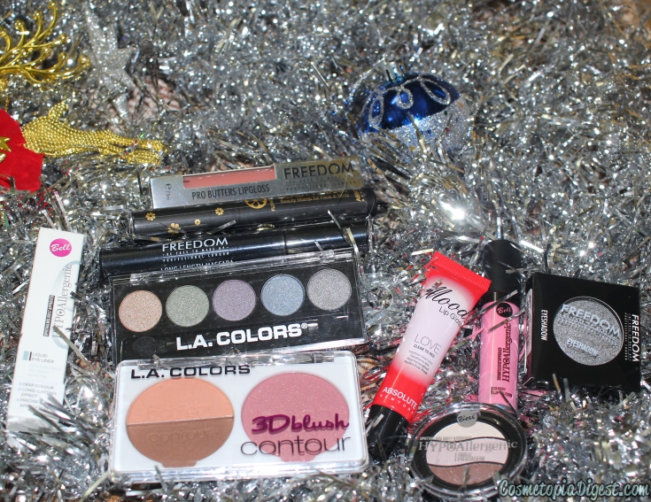 The review and contents of the inaugural Beauty Crowd Discover Box for December 2015.