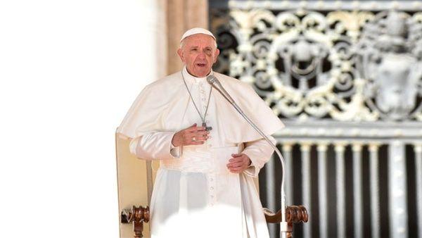 El papa rechaza que curas pedófilos apelen a su condena
