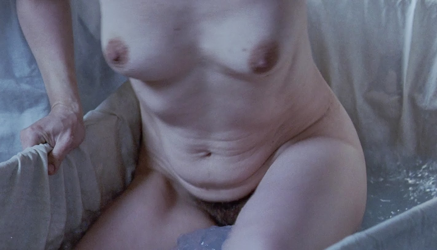 Casually juliette binoche nude naked sorry, that