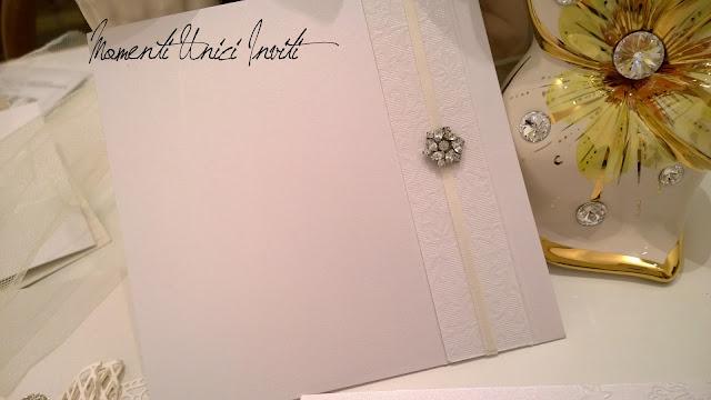 1 Dettagli preziosi delle nostre partecipazioni... Linea Luxury - Mod. Petit BijouColore Bianco Linea Luxury Serie Luxury Total White