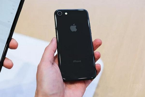 thay thế màn hình iPhone 8 Plus