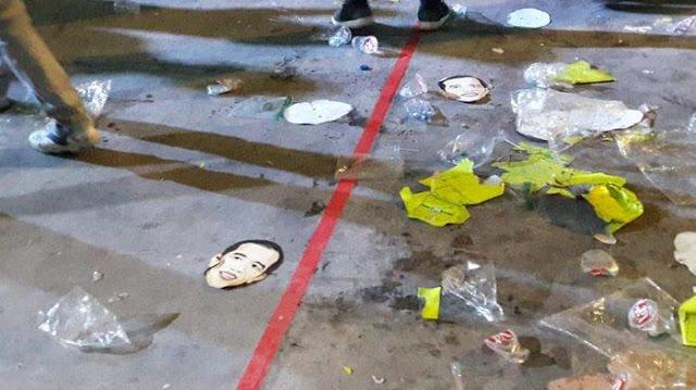 Topeng Jokowi Berserakan Usai Pelantikan Relawan, Fadli Zon Sindir dengan Lirik Lagu Ariel