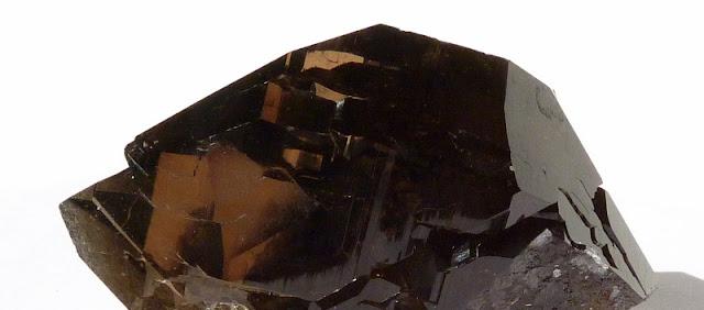 détail d'un gwindel trouvé dans le Mont-Blanc