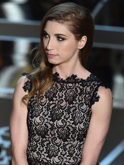 Lindsay Mills Wiki | Bio | Age | Height | Wedding | Edward Snowden's | Girlfriend Facts