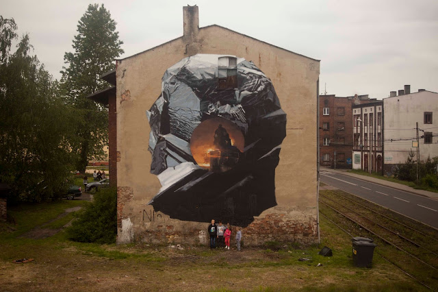 """This piece is part of Axel Void's """"Mediocre"""" series. Its painted in the neighborhood of Szopienice, in the outsides of Katowice."""