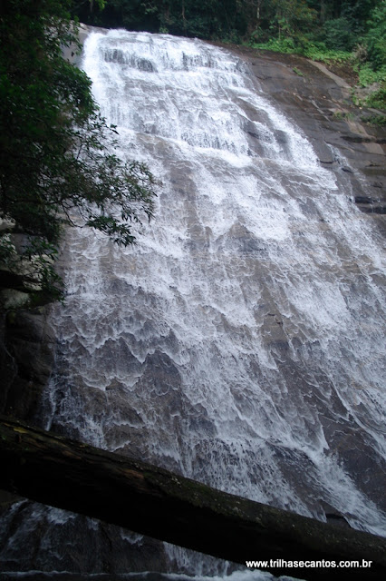 Cachoeira Véu da Noiva Ubatuba