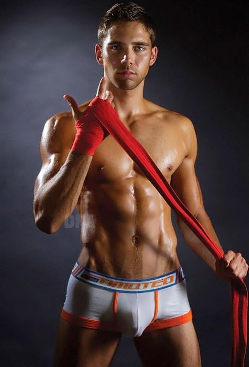Фото голых мужчин боксеров, секс позиции на фитболе видео порно