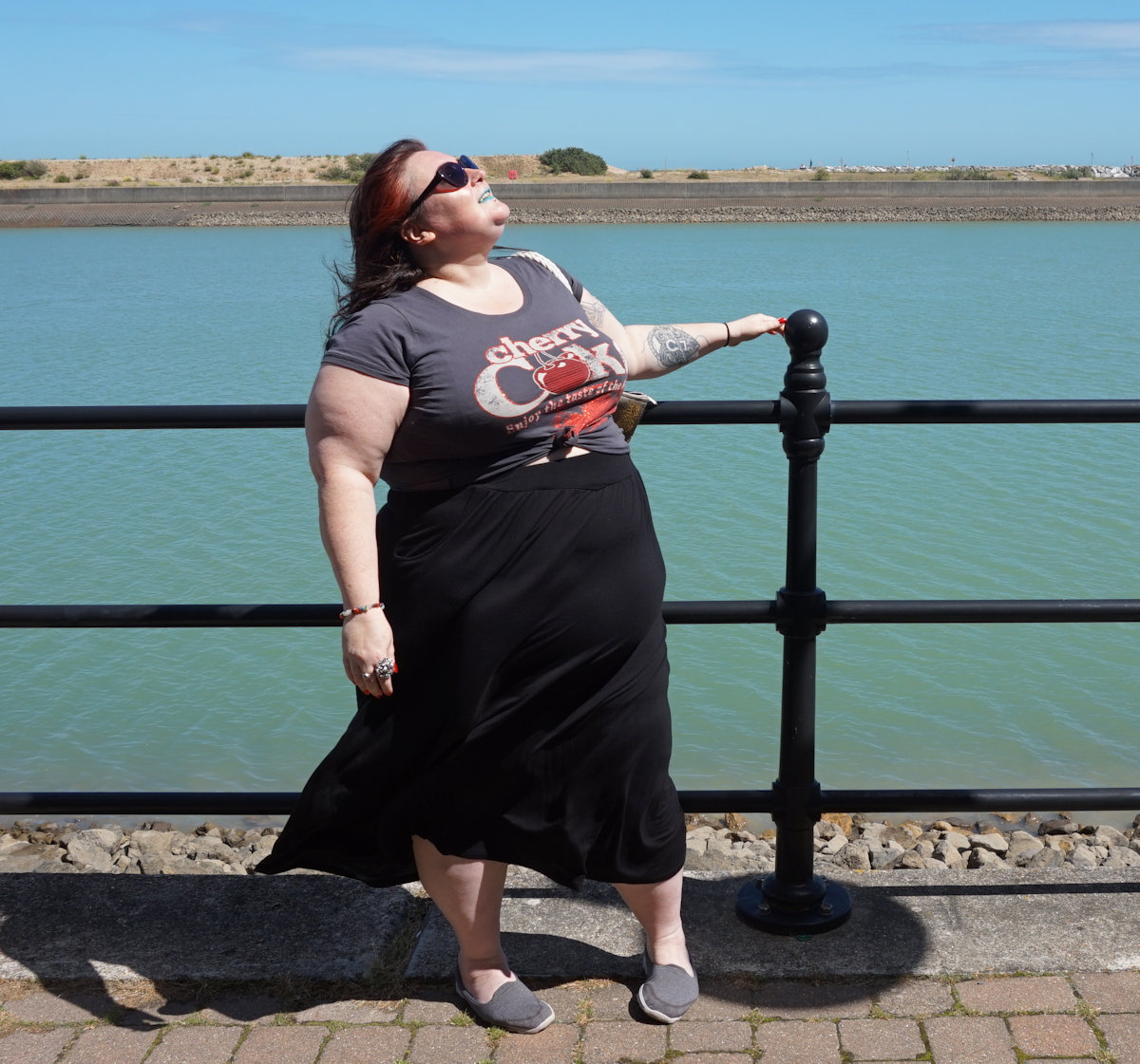 PLUS SIZE CHERRY COKE T SHIRT // WWW.XLOVELEAHX.CO.UK