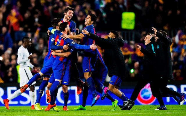 FC Barcelona merayakan kemenangan