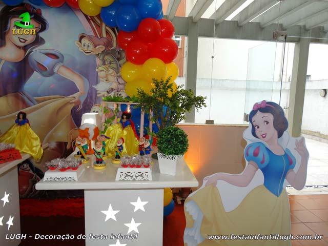 Decoração de festa Branca de Neve - Mesa temática de aniversário infantil