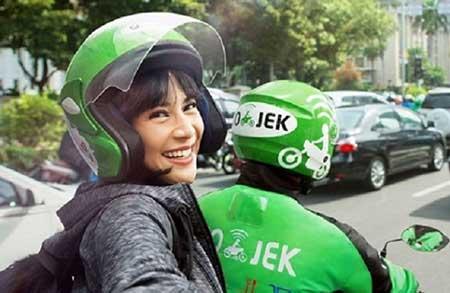 Cara Menghubungi Go-Jek Transportasi Online 24 Jam