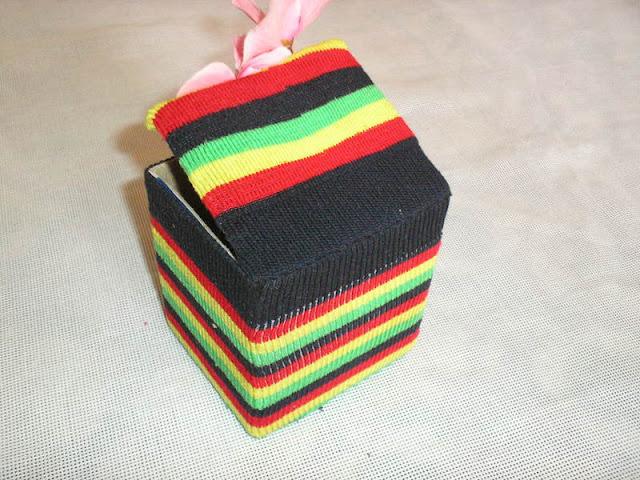 декор интерьерный, для детей, из картона, из носков, коробки, своими руками, шкатулка текстильная, шкатулка своими руками, мастер-класс, своими руками, из текстиля, из трикотажа, из коробки, из картона, Шкатулка из носка и коробочки http://prazdnichnymir.ru/